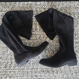 Nine West black boots Sz 8.5 (39)
